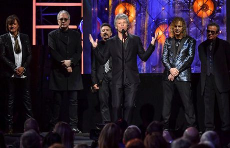 Bon Jovi bëhet pjesë e 'Rock and Roll Hall of Fame' (Video)